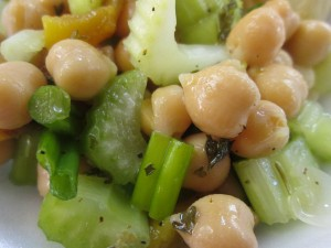 Garbanzo Bean and Roasted Red Pepper Salad