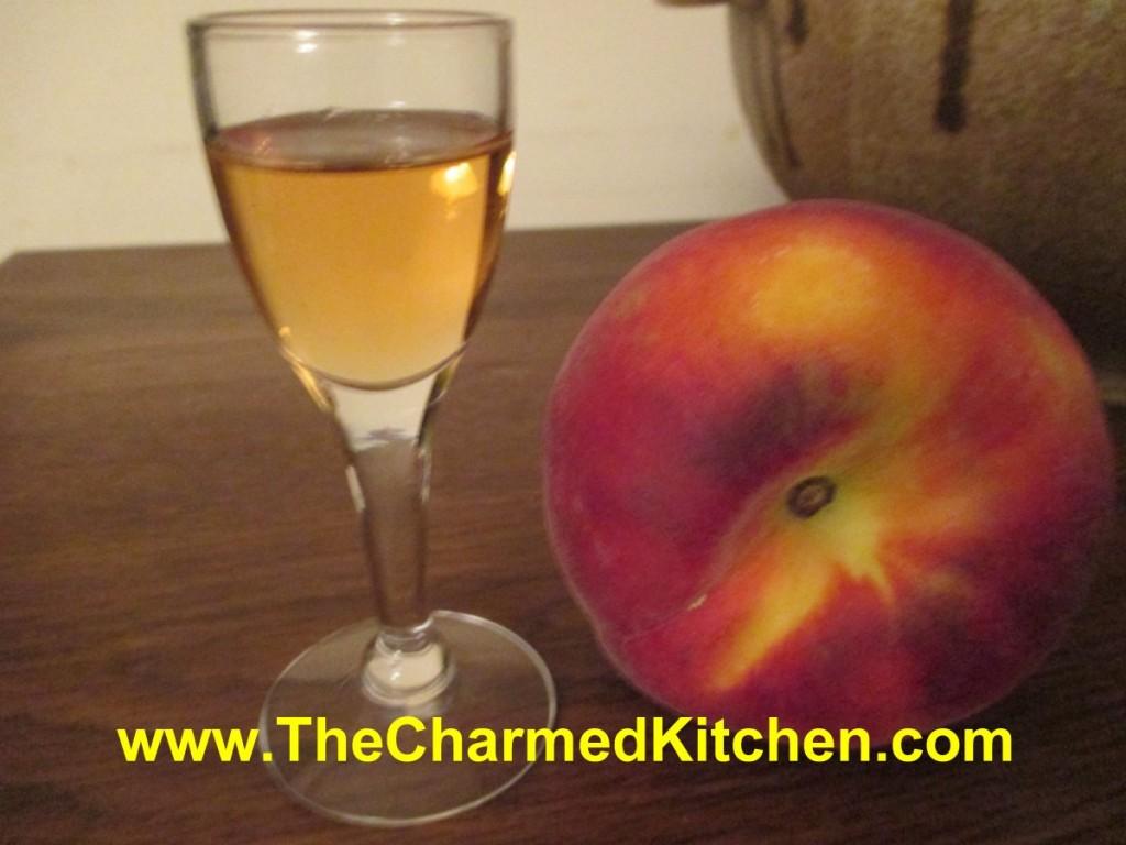 homemade peach liqueur | The Charmed
